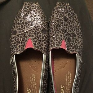 Toms Shoes - Toms leopard print